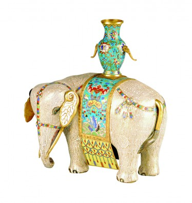 Elephant with vase, sculpture